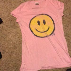 PINK VS t-shirt.